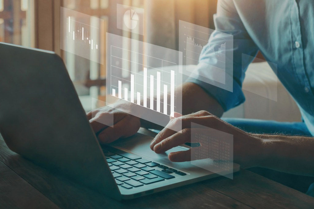 With administrative dashboards, you have the information you need right at your fingertips and don't have to worry about complicated reports.